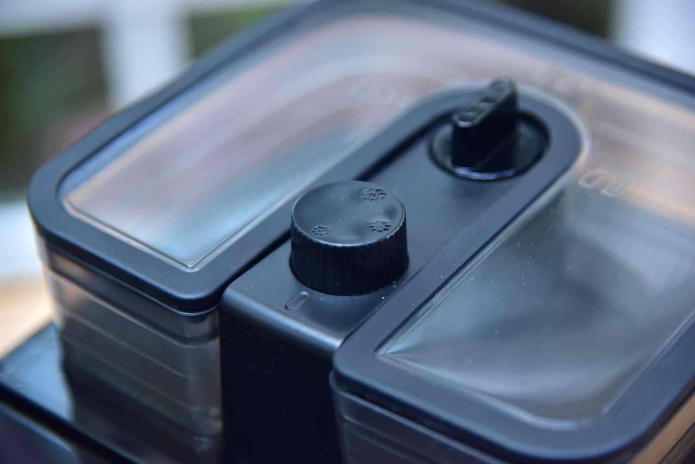 Bohnenfach Philips-HD7766: Kaffeemaschine mit Mahlwerk