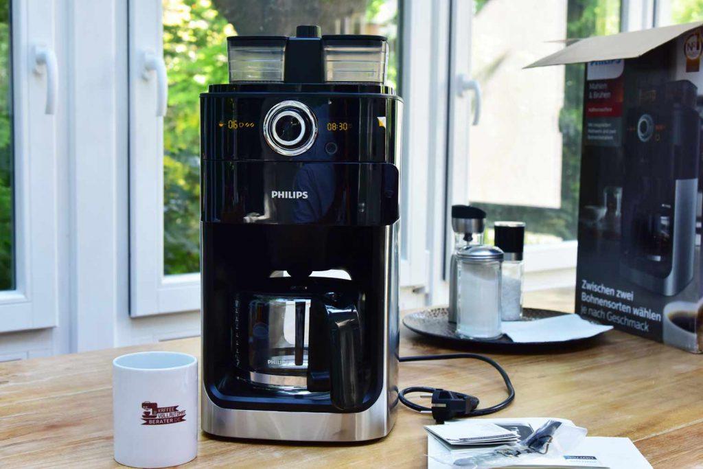 Philips-HD776600: Test-Kaffeemaschine mit Mahlwerk