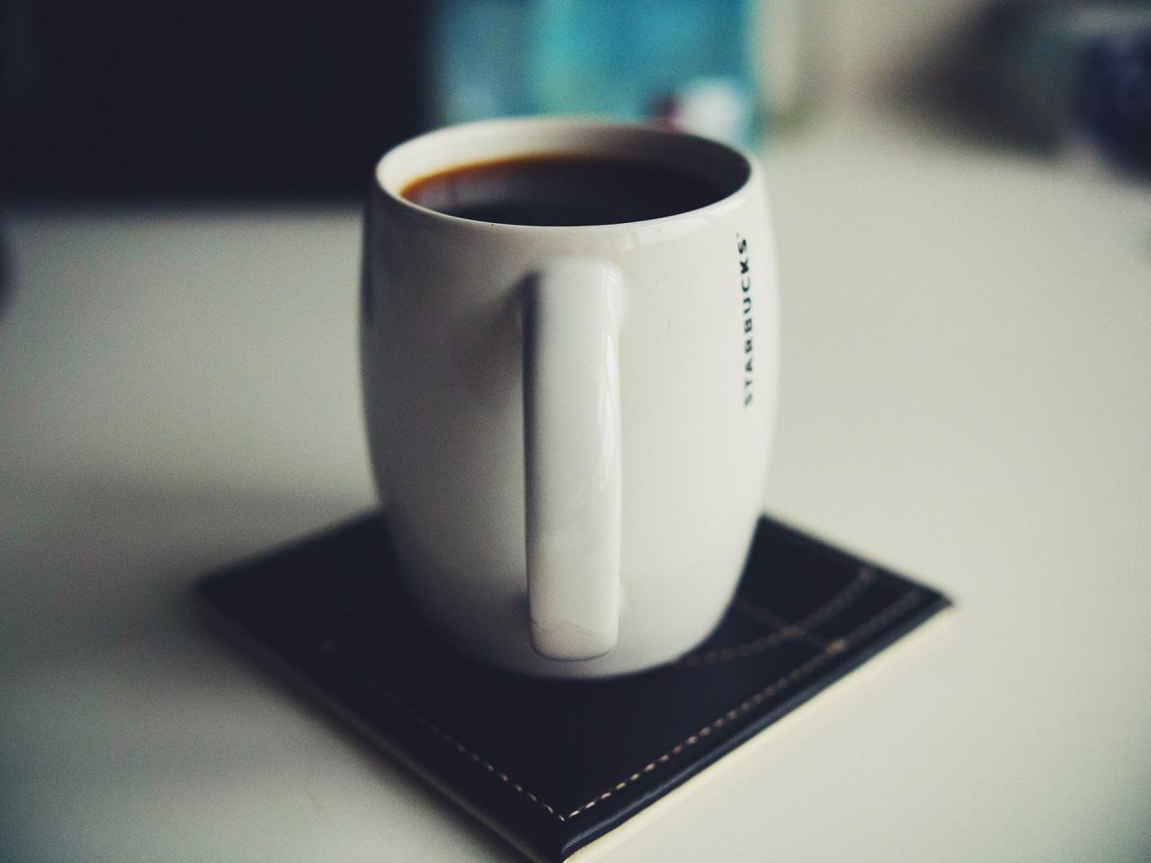 ESE Kaffeepads sind nicht mit herkömmlichen Padmaschinen kompatibel, da sie kleiner im Durchmesser sind.