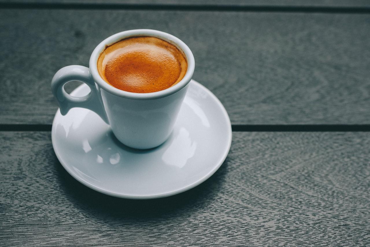 Mit Grimac Espressomaschine bereitest Du Dir schnell und einfach leckeren Espresso einfach selbst zu.