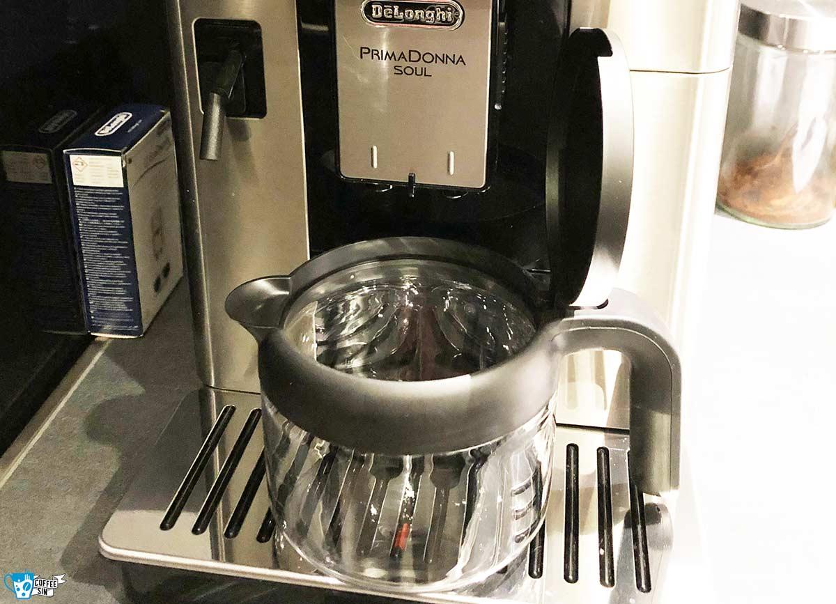 PrimaDonna-Soul mit Kaffeekanne