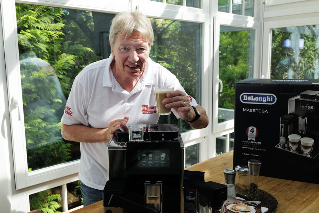 Der DeLonghi Maestosa liefert super Kaffee-Getränke